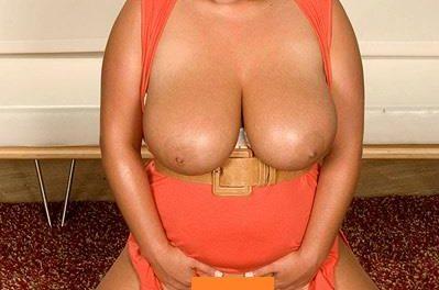 poze reale din locatie,doamna matura,40 de ani,selectiva